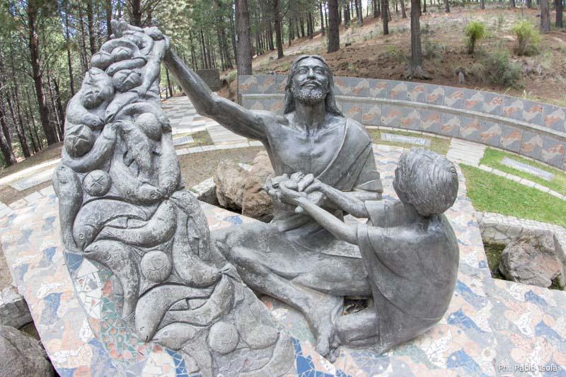 Jesús multiplica los panes Vía Christi